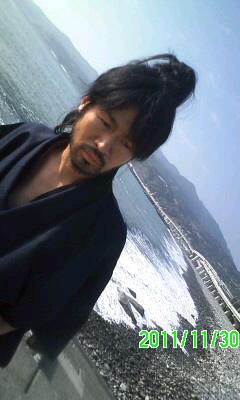 海よ〜俺のう〜みよ〜♪